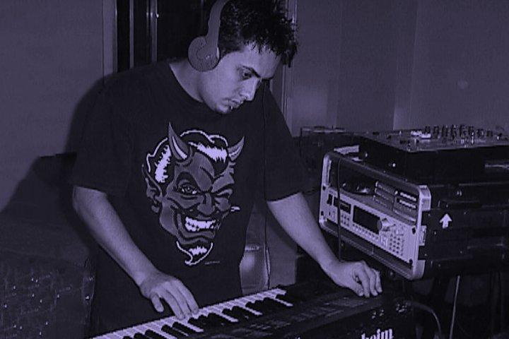 Carlos Shaw - Frecuencia Infinita