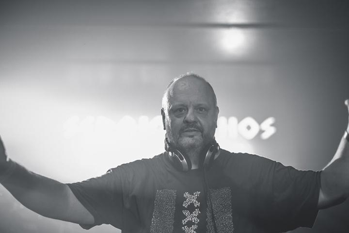 Cuarentena Sergio Athos