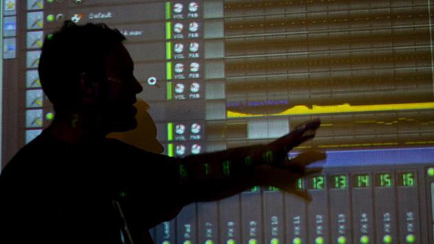 Escuelas y cursos de música electrónica
