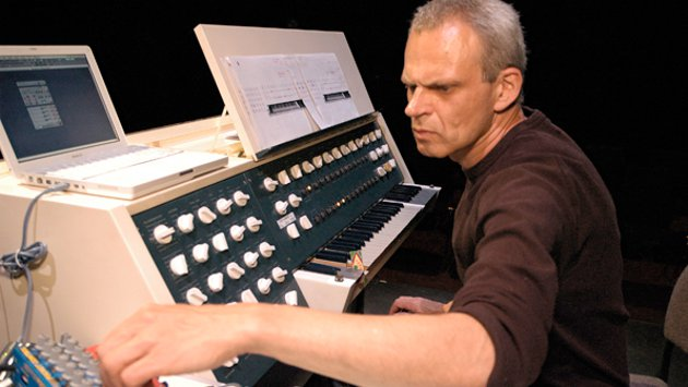 Frank Bretschneider con el Kippschwingung